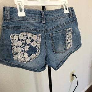 No Boundaries Shorts - USED Cute short No Boundaries shorts